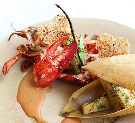 旬の野菜とオマール海老の鉄板焼